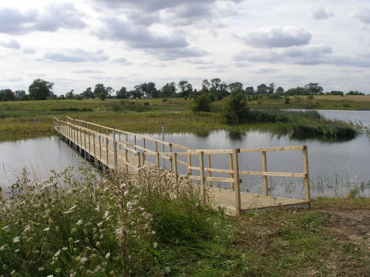 Floating walkway for the RSPB